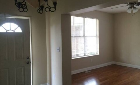 Apartments Near Marshall 1530 3rd Ave Apt 1 for Marshall University Students in Huntington, WV