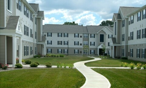 Apartments Near Kent State Campus Pointe for Kent State University Students in Kent, OH