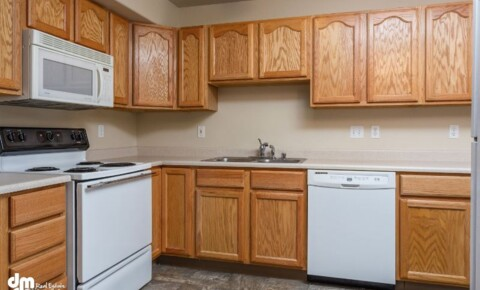 Apartments Near Anchorage 7016 Weimer Road (2 Bedroom) for Anchorage Students in Anchorage, AK