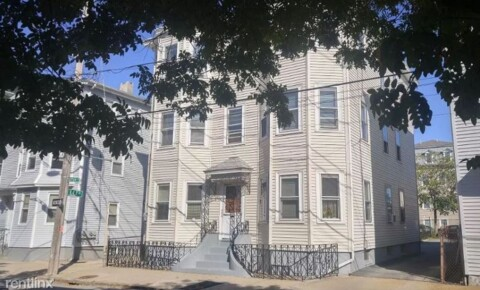 Apartments Near J & W 70 Sutton St 2 for Johnson & Wales University Students in Providence, RI