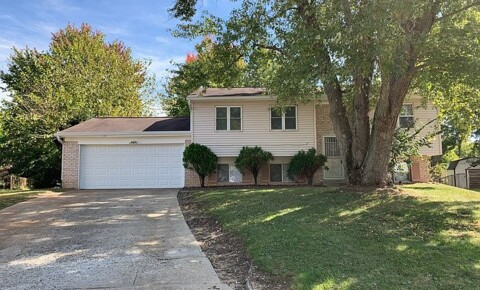 Houses Near Franklin 4 bedroom 2 bath home in Perry Township for Franklin Students in Franklin, IN