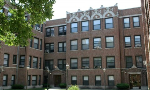 Apartments Near John Marshall 1101 E. Hyde Park Boulevard for The John Marshall Law School Students in Chicago, IL