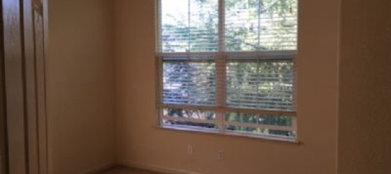 Room for rent Sunol-Midtown