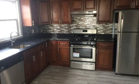 Apartments Near The Mount Stunning 3 Bed 1.5 Bath Apartment in Private Home - Parking - Located in Yonkers for College of Mount Saint Vincent Students in Bronx, NY