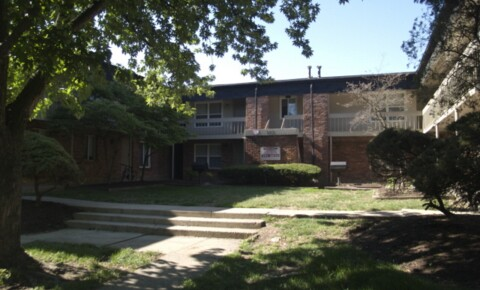 Apartments Near Capital 353 E 13th Ave for Capital University Students in Columbus, OH