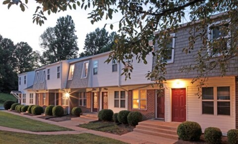 Apartments Near Sweet Briar Old Mill Townhomes for Sweet Briar College Students in Sweet Briar, VA