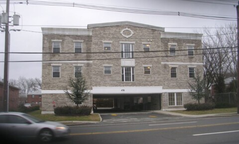 Apartments Near Mahwah 478 Essex Street D for Mahwah Students in Mahwah, NJ