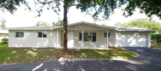 NSU Housing 4840 SW 70th Ter # 1 for Nova Southeastern University Students in Fort Lauderdale, FL