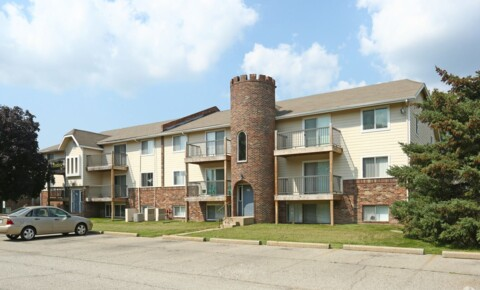 Apartments Near MSU 410 Charity Cir for Michigan State University Students in East Lansing, MI