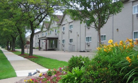Apartments Near Sterling Heights Sterling Troy Apartments for Sterling Heights Students in Sterling Heights, MI