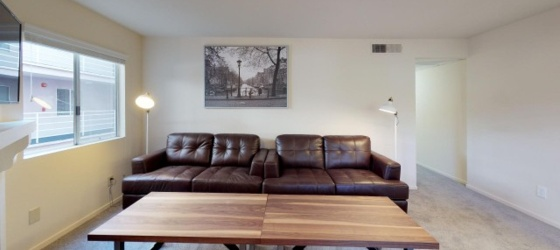 FULLY FURNISHED STUDENT HOUSING LA