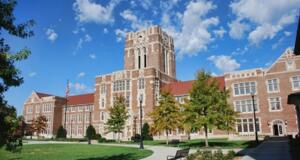 Best Things To Do Before Graduating From UT Knoxville