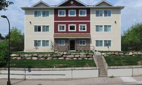 Apartments Near UMN 823 15th Ave Se for University of Minnesota Students in Minneapolis, MN
