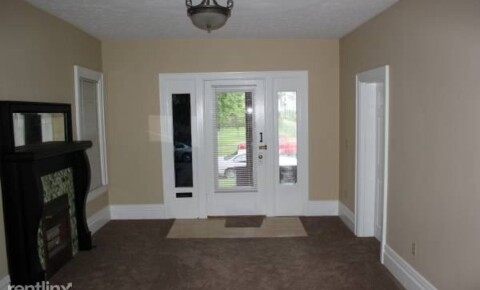 Apartments Near Chesapeake 919 13th St Apt 1 for Chesapeake Students in Chesapeake, OH